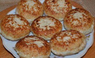 котлеты из грудки индейки сочные и мягкие на сковороде