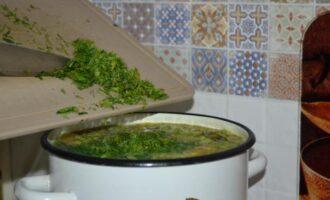овощной суп с кукурузой и зеленым горошком