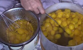 Соус ткемали из желтой алычи на зиму