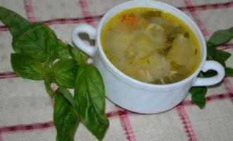 щавелевый суп с рисом и яйцом