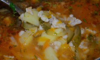 Рассольник с перловкой и солеными огурцами классический рецепт