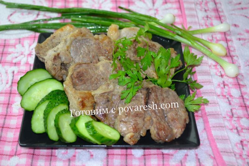 вырезка из свинины жареная на сковороде