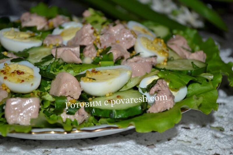 салат из печени трески со свежим огурцом