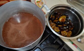 слива в шоколаде на зиму