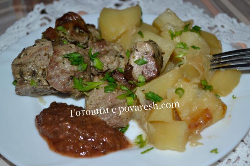 Индейка с картошкой в духовке кусками сочная и мягкая