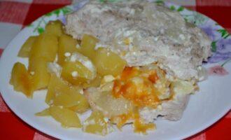 Мясо по французски из индейки с картошкой в духовке