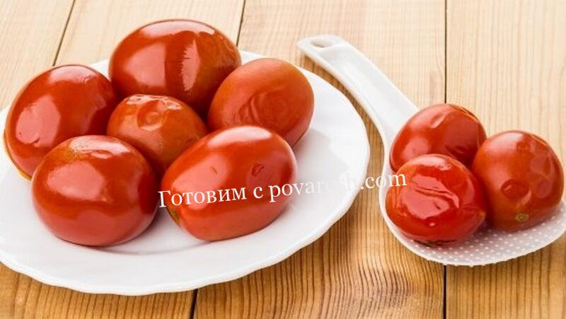 Соленые красные помидоры на зиму в банках холодным способом без уксуса
