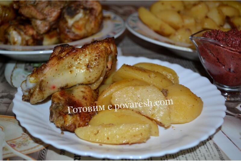 Курица кусочками с картошкой в духовке