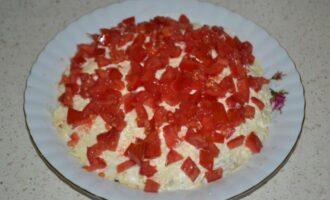 Слоеный салат из куриной печени