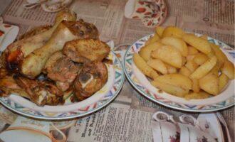 курица кусочками с картошкой в духовке рецепт