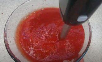 клубника протертая с сахаром на зиму в морозилке