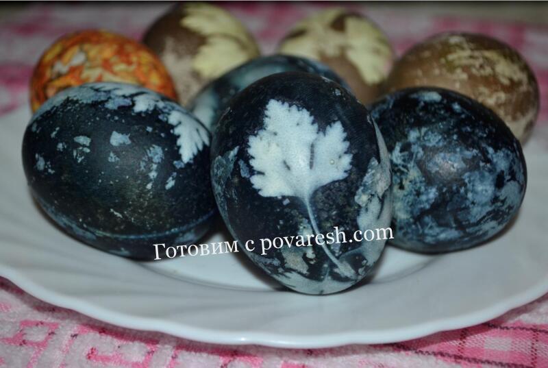 Как покрасить яйца на Пасху чаем каркаде без уксуса