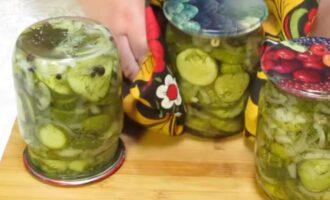 Салат из огурцов и лука на зиму со стерилизацией без варки