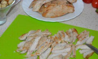 как приготовить курицу для салата цезарь чтобы была не сухой