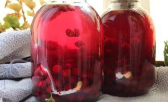 Компот из вишни с мятой на зиму без стерилизации на 3 литра