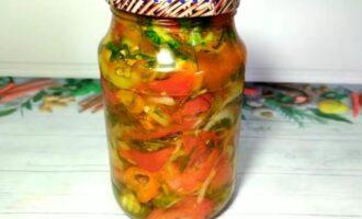 овощной салат из огурцов помидоров перца и лука на зиму