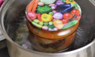 Жареные баклажаны в аджике на зиму