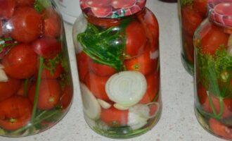 Сладкие маринованные помидоры на зиму по-царски