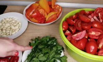 аджика из помидор и перца вареная